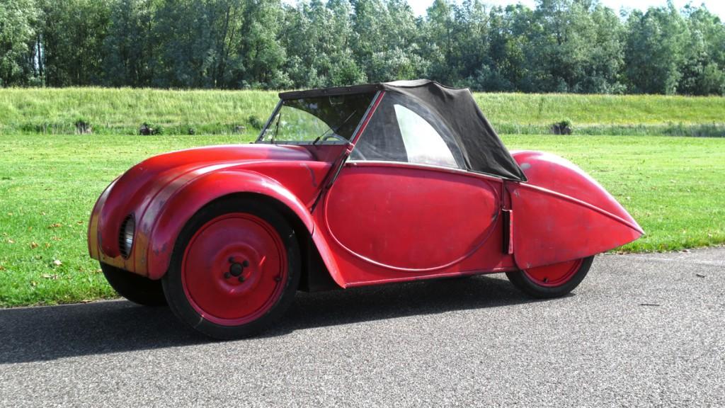 I 1946 var de atter klar nede i alperne med deres Swiss VW